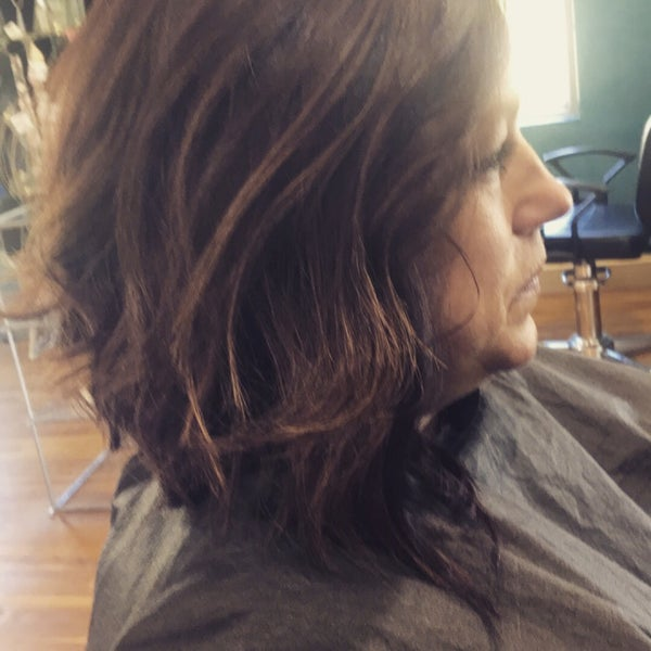 Genesis 127 Salon & Spa - Salon / Barbershop in Hickory