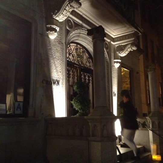 11/17/2012에 Alessandra B.님이 Crown에서 찍은 사진