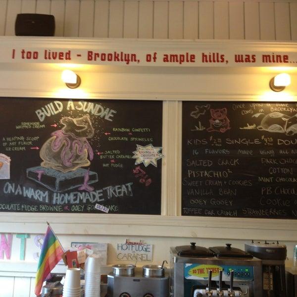 Снимок сделан в Ample Hills Creamery пользователем Alessandra B. 7/29/2013