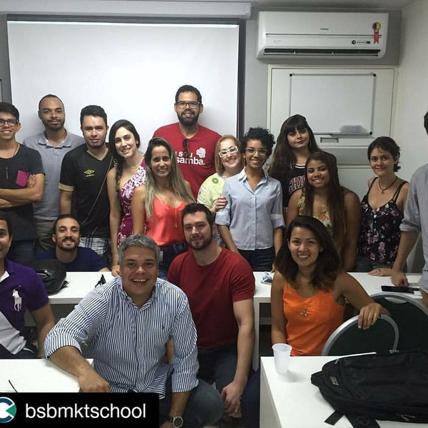 Foto tirada no(a) Brasilia Marketing School (BMS) por Fernando A. em 2/20/2016