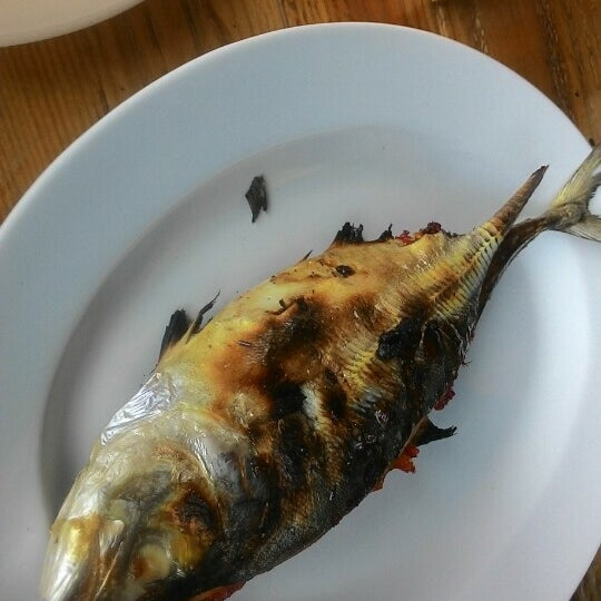 Photo Taken At Ikan Panggang Dapur Arang By Adea R On 3 23
