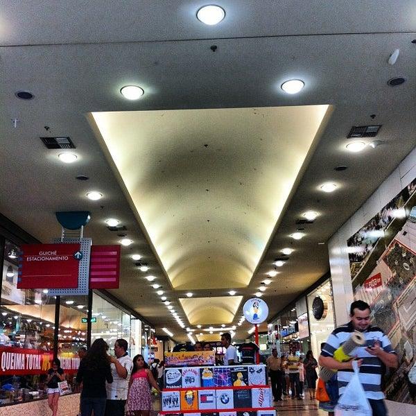 Das Foto wurde bei Grand Plaza Shopping von Roberta T. am 9/15/2012 aufgenommen