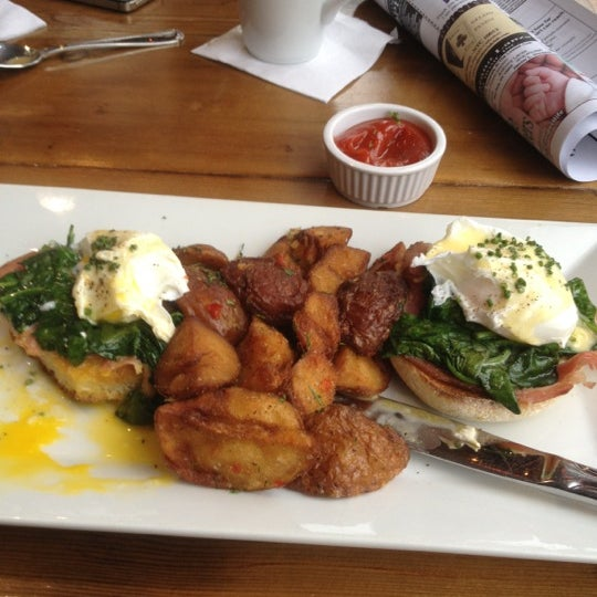 Eggs Benedict Hits the Hurricane-Spot!