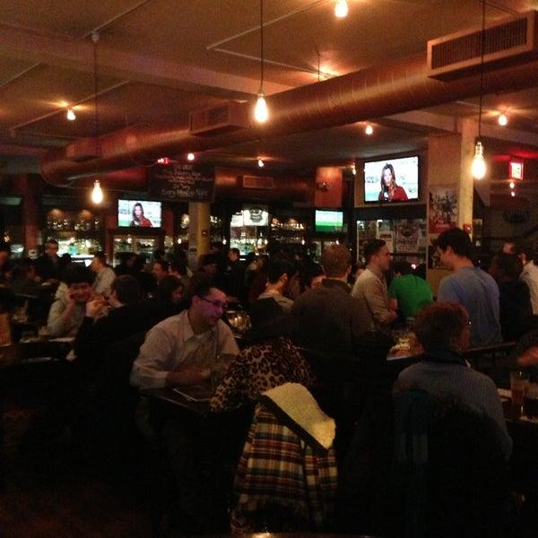 Foto diambil di Beer Authority NYC oleh Randy H. pada 2/22/2013