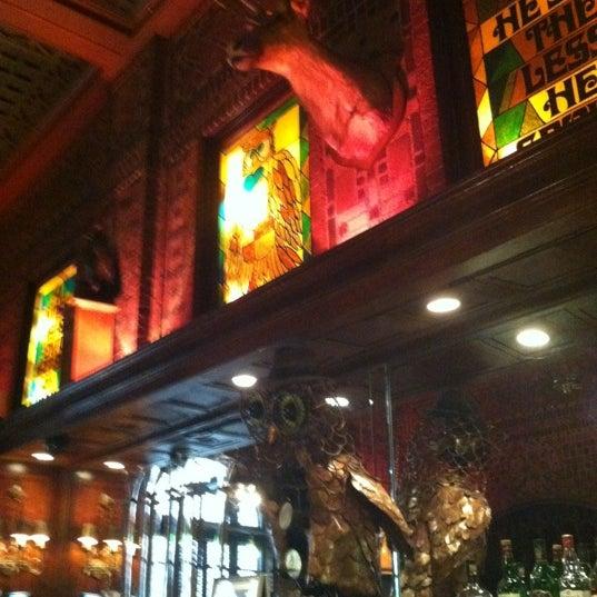 Снимок сделан в The Owl Bar пользователем Rachel M. 11/10/2012