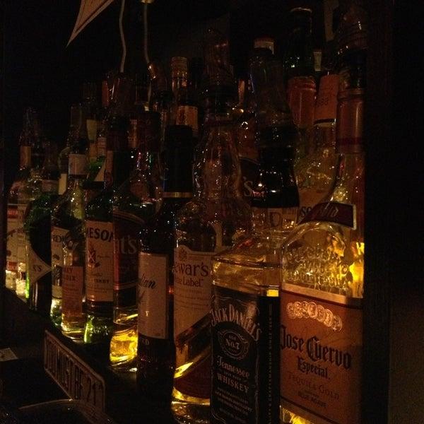 2/16/2013에 Nicole F.님이 The Monro Pub에서 찍은 사진