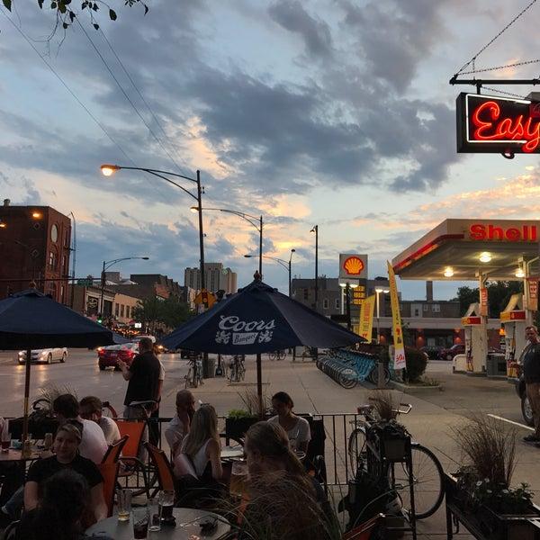 Foto diambil di Easy Bar oleh Jerome H. pada 7/12/2017