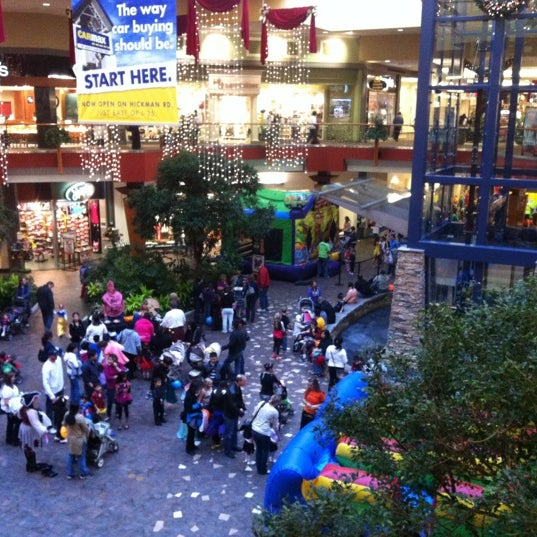 Des Moines Shopping >> Valley West Mall West Des Moines Ia