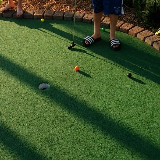 Das Foto wurde bei Palmetto Golf Course von Cary S. am 3/22/2014 aufgenommen