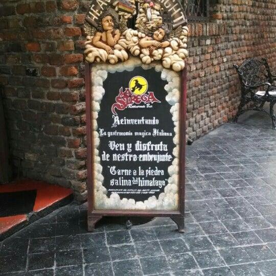 Foto diambil di Restaurante & Bar La Strega oleh Vero A. pada 12/10/2015