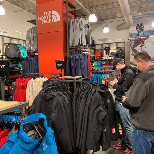 separation shoes 67267 54fe6 Photos at The North Face Outlet - Sporting Goods Shop