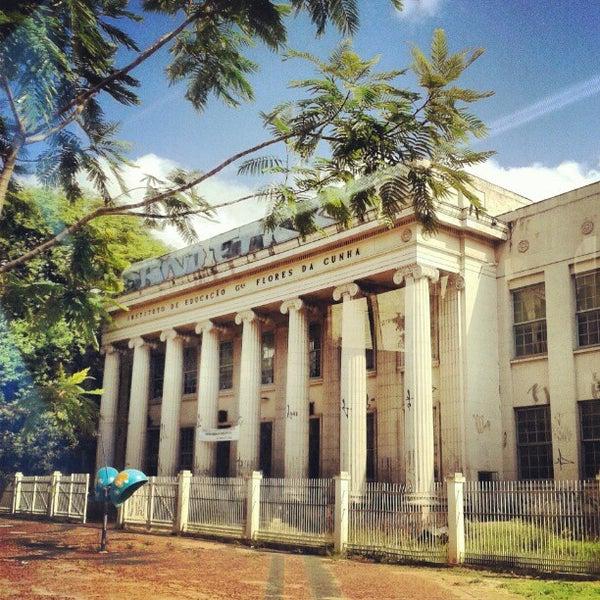 Photos à Instituto De Educação General Flores Da Cunha