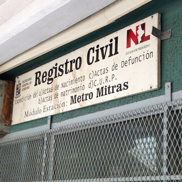Módulo Del Registro Civil Estación Del Metro Mitras
