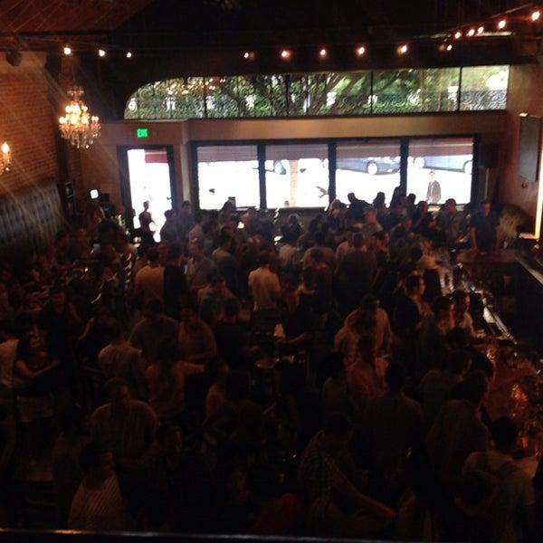 Foto diambil di The Glendon Bar & Kitchen oleh Michael F. pada 9/16/2014