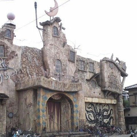 ウェア ハウス 三橋 川崎にそびえ立つ電脳九龍城「アミューズメントパーク
