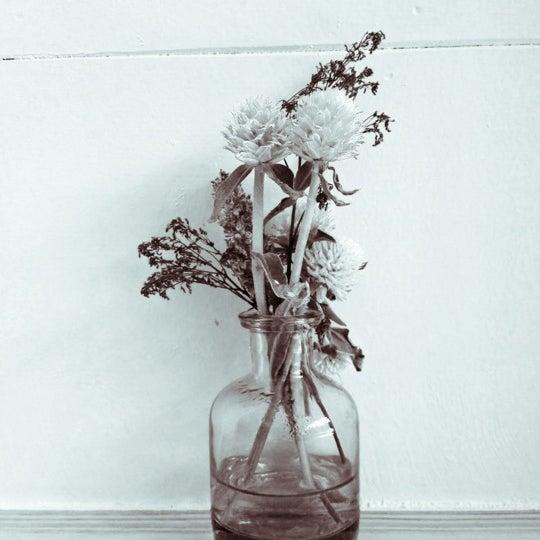 Das Foto wurde bei Ovenly von Alexbyalex am 11/3/2012 aufgenommen