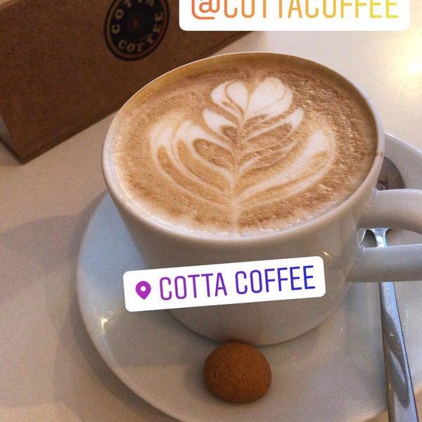 Foto tirada no(a) Cotta Coffee por Mustafa em 12/8/2018