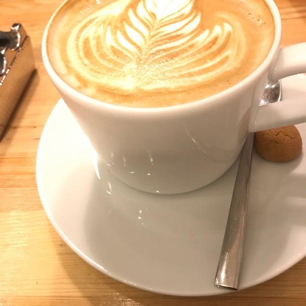 Foto tirada no(a) Cotta Coffee por Mustafa em 1/20/2019