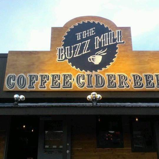 Das Foto wurde bei Buzzmill Coffee von Wayne O. am 2/6/2013 aufgenommen