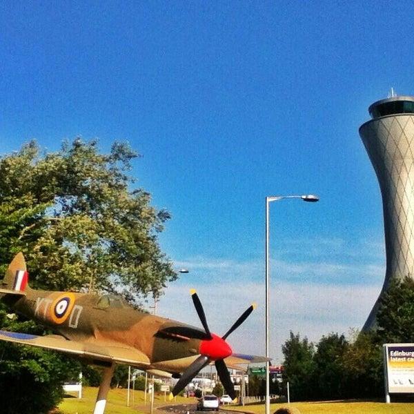 Das Foto wurde bei Edinburgh Airport (EDI) von Rodrigo P. am 7/17/2013 aufgenommen