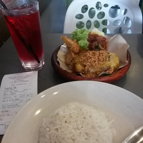 Photo Taken At Dapur Penyet Putrajaya By Hafiz I On 7 9 2017