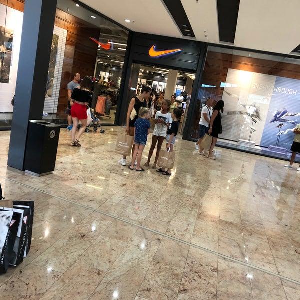 Detectable Simpático escanear  Photos at Nike Factory Store La Jonquera - la Jonquera, Cataluña