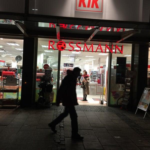 Rossmann Frankfurt öffnungszeiten