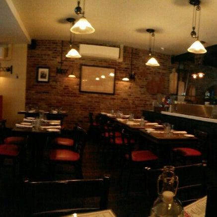 Foto diambil di Monte's Restaurant oleh Nathan B. pada 3/6/2016