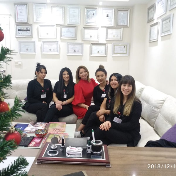 12/18/2018 tarihinde Emir S.ziyaretçi tarafından EPİLA GÜZELLİK MERKEZİ'de çekilen fotoğraf