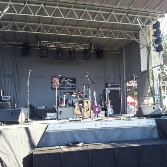 Das Foto wurde bei Thomas & Mack Center von Justine B. am 12/6/2012 aufgenommen