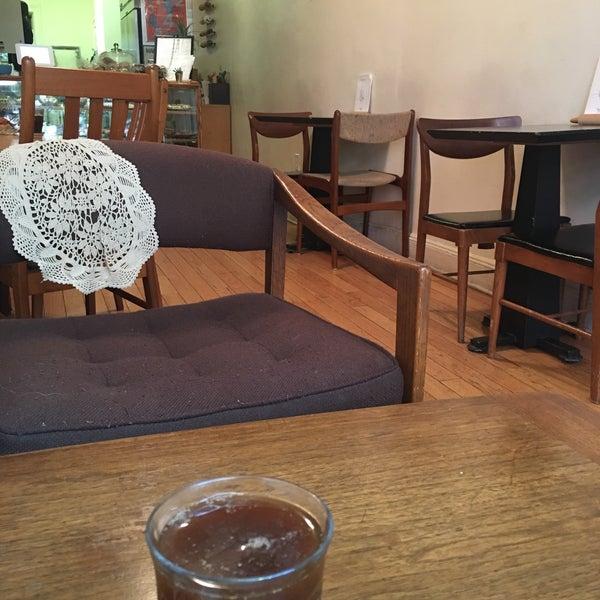 5/8/2017에 Sravanti T.님이 Zucker Bakery에서 찍은 사진