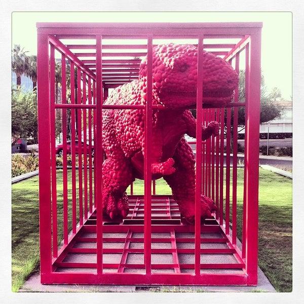 Снимок сделан в Phoenix Art Museum пользователем Teresa V. 7/11/2013
