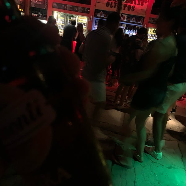 Foto scattata a Bull Bar da Mehmet il 8/17/2019
