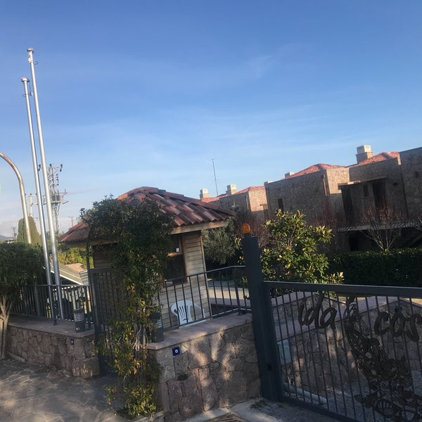 Снимок сделан в Assos Ida Costa Hotel пользователем TC Esengül A. 2/4/2020