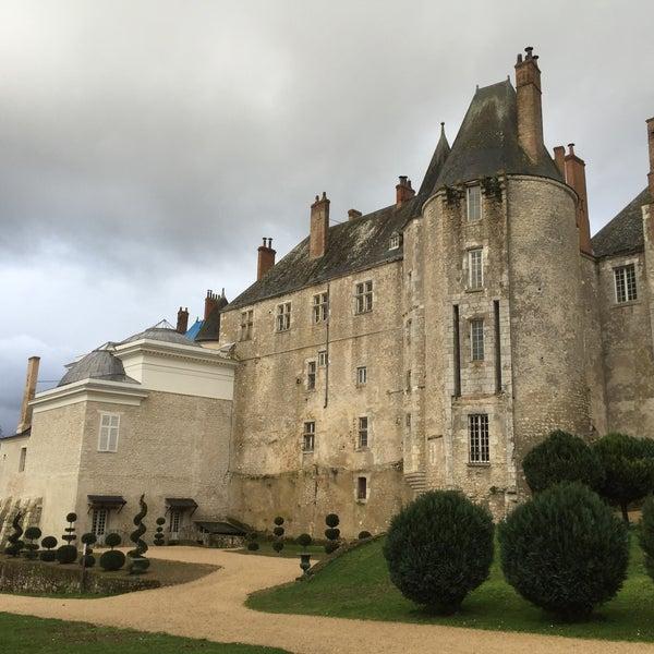 Foto diambil di Château de Meung-sur-Loire oleh Davy M. pada 2/14/2016
