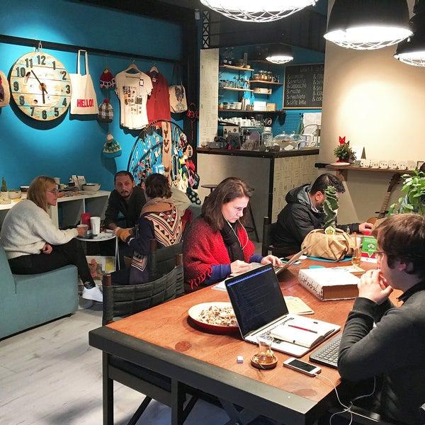 Foto tirada no(a) Olmadık Projeler Atölyesi / Unusual Projects Atelier por Olmadık Projeler Atölyesi / Unusual Projects Atelier em 6/26/2017