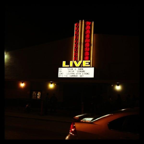 รูปภาพถ่ายที่ Warehouse Live โดย Summer เมื่อ 3/16/2013