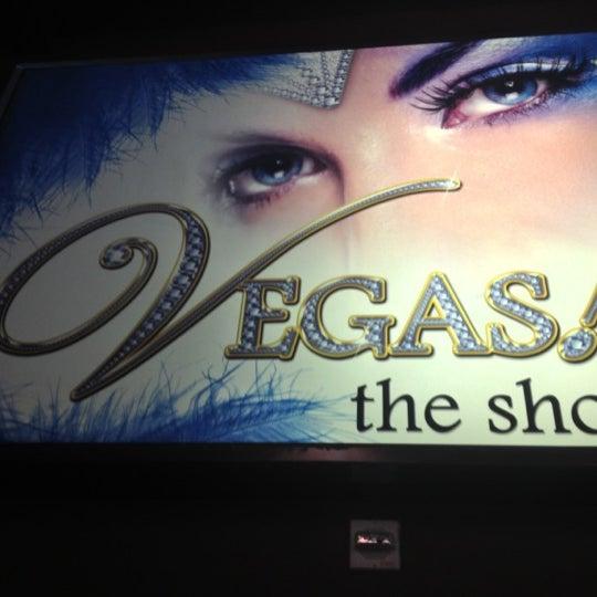 10/16/2012 tarihinde Lydia M.ziyaretçi tarafından VEGAS! The Show'de çekilen fotoğraf