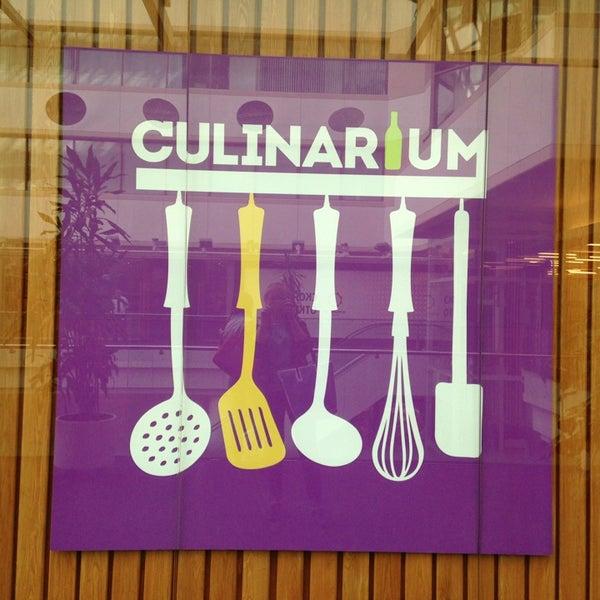 รูปภาพถ่ายที่ Culinaryon โดย Elena U. เมื่อ 5/25/2013