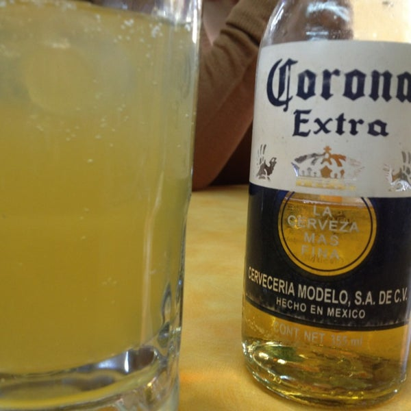 Foto tomada en Ostionería Mazatlán por Albert V. el 12/30/2012
