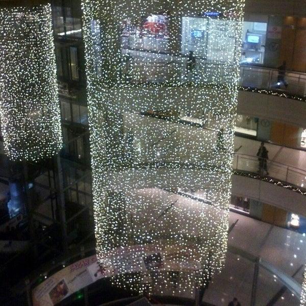Das Foto wurde bei Cepa von Emre E. am 12/2/2012 aufgenommen