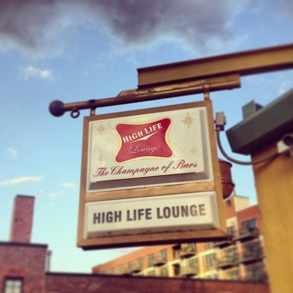 6/19/2013にSid V.がHigh Life Loungeで撮った写真