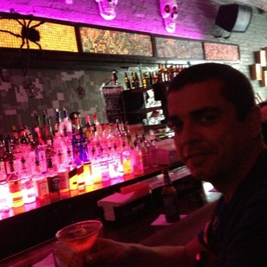 Das Foto wurde bei Opal Bar & Restaurant von Renato N. am 10/15/2012 aufgenommen