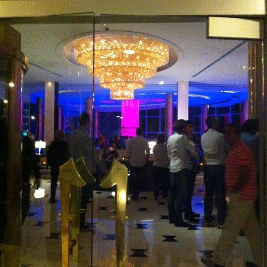 11/15/2012 tarihinde Nani Z.ziyaretçi tarafından LIV Miami'de çekilen fotoğraf