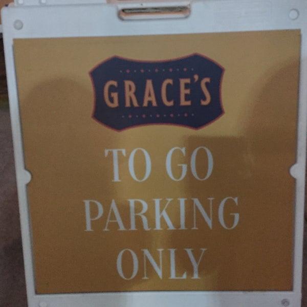 รูปภาพถ่ายที่ Grace's โดย Stacey F. เมื่อ 3/3/2016