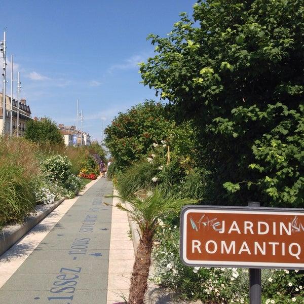 Photos at Jardin romantique - Garden
