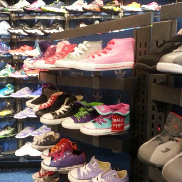 a24ba500c80 Kids Foot Locker - Shoe Store in Arlington