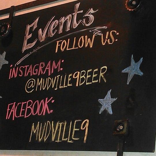 Photo prise au Mudville Restaurant & Tap House par isaac b. le9/17/2013