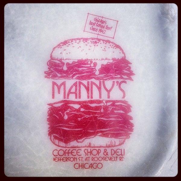 Foto diambil di Manny's Cafeteria & Delicatessen oleh Chester W. pada 4/24/2013
