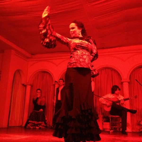 Foto tomada en Tablao Flamenco El Palacio Andaluz por Kübra M. el 2/6/2013
